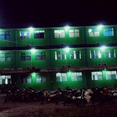 Photo taken at Universitas Ichsan Gorontalo by Ronald R. on 3/17/2014