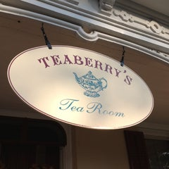 Photo taken at Teaberry's Tea Room by Shannon K. on 9/30/2012