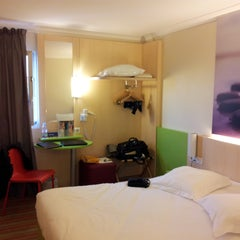 Photo taken at Ibis Styles – Paris Roissy-Charles de Gaulle by Susan S. on 2/16/2015