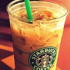 Photo taken at Starbucks by Rosalynn L. on 7/21/2013
