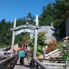 Photo taken at Annabelle's Famous Keg And Chowder House by Anastasiia R. on 9/14/2014