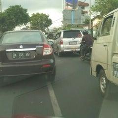 Photo taken at Jalan Mahendradata by Budhiwijaya (. on 11/11/2015