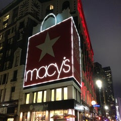 Photo taken at Macy's by dimalive on 4/19/2013