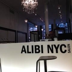 Photo taken at Alibi NYC Salon by Roberto E. on 5/24/2012