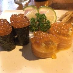 Photo taken at Deusimar Sushi by estudio m. on 8/22/2014