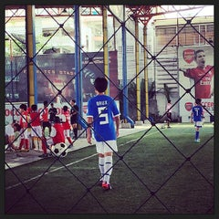 Photo taken at Arsenal Soccer Schools by Sansuda P. on 4/27/2014