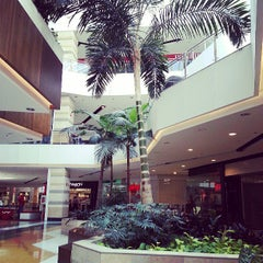 Photo taken at Los Molinos Centro Comercial by Andres M. on 7/14/2013