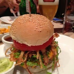 Photo taken at General Prime Burger by Vinicius M. on 4/5/2013