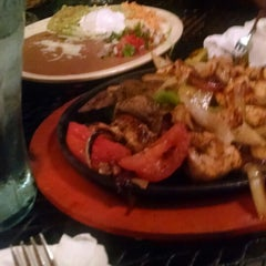 Photo taken at El Meson Restaurante Mexicano by Tuwana C. on 6/4/2015