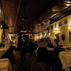 Photo taken at Le Colonial by Eric Lawton F. on 1/2/2013
