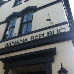 Photo taken at Banana Republic by hoda007 on 8/26/2013