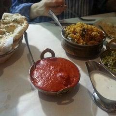 Photo taken at Himalayan Restaurant by Junhyuk S. on 6/28/2014