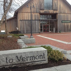 Photo taken at Vermont Welcome Center by kasey f. on 11/13/2012