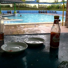 Photo taken at Hotel Sahid Manado by Marcio T. on 10/23/2012