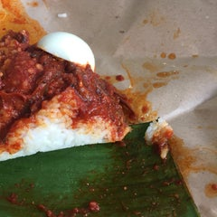Photo taken at Restoran Zaman by Amira A. on 9/16/2015