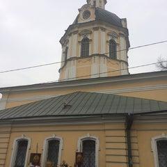 Photo taken at Храм святителя Николая в Звонарях by Alex G. on 4/7/2014