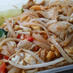 Photo taken at Thai Tha Hai by Kevin K. on 4/28/2014