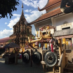 Photo taken at วัดเจ็ดลิน (Wat Chet Lin) by Stan C. on 11/24/2015