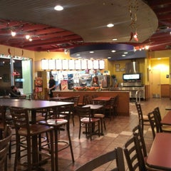 Photo taken at Taco Bell by Kenneth W. on 11/25/2012