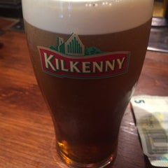Photo taken at The Cricketer by Niclas S. on 7/30/2015