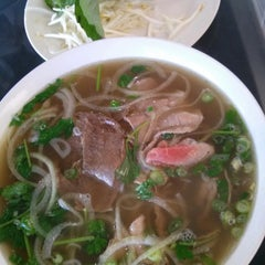 Photo taken at Th`uy's Pho by Brett R. on 12/1/2014