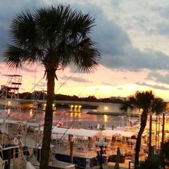Photo taken at Bud and Alley's Panama City Beach by Bud and Alley's Panama City Beach on 4/18/2014