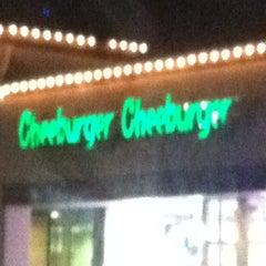 Photo taken at Cheeburger Cheeburger by ruben c. on 12/20/2012