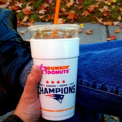 Photo taken at Dunkin Donuts by V.W. A. on 10/7/2015