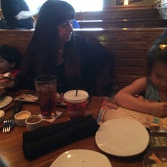 Photo taken at Outback Steakhouse by Kurt V. on 4/12/2014