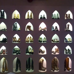 Photo taken at Le Vintage by Digitalzia on 11/17/2012