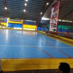 Photo taken at Gool Futsal Mangga Dua by Imaya A. on 4/19/2015