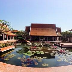 Photo taken at Sukhothai Heritage Resort by Khim T. on 12/11/2014