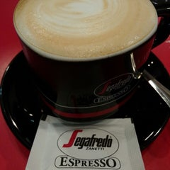 Photo taken at Segafredo Zanetti Espresso by Somrit P. on 7/20/2014