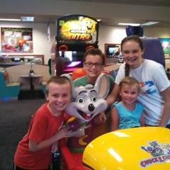 Photo taken at Chuck E. Cheese's by Lori B. on 8/18/2014