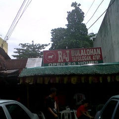Photo taken at R&J Bulalohan by kerl f. on 7/24/2013