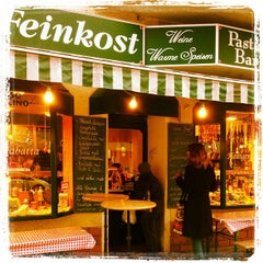 Photo taken at Gianni Gillone Pasta Bar & Ital. Feinkost by localr on 4/11/2013