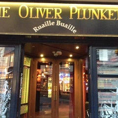 Photo taken at The Oliver Plunkett by Fumio I. on 10/2/2012