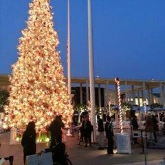 Photo taken at Dorothy Chandler Pavilion by Raymond C. on 12/22/2012