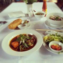 Photo taken at Thanh Niên Restaurant by Mizugi C. on 12/30/2012