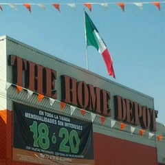 Photo taken at The Home Depot by Rebeca V. on 12/23/2012
