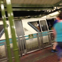 Photo taken at Monorail Teal by Lynette D. on 6/13/2013