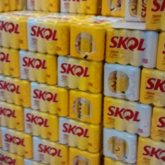 Photo taken at Makro by Claudio H. on 6/18/2014