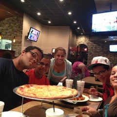 Photo taken at Pasquale's Pizza Co by Hector R. on 9/29/2013