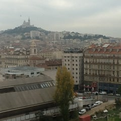 Photo taken at Mercure Marseille Centre Vieux Port by Martin R. on 11/21/2012