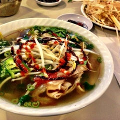 Photo taken at Pho 75 by Christen D. on 11/25/2012
