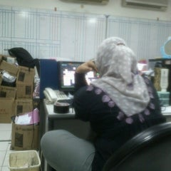 Photo taken at PT Tunas Ridean Tbk, Head Office by Johan M. on 10/18/2012