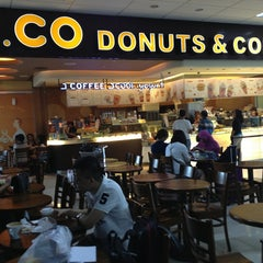 Photo taken at J.Co Donuts & Coffee by Ted on 7/20/2013