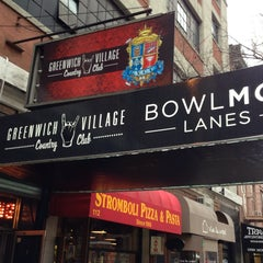Photo taken at Bowlmor Lanes Union Square by Matthew on 2/19/2013