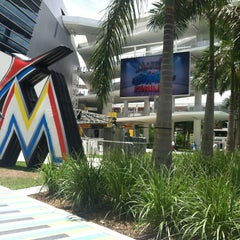 Photo taken at Marlins Park by Paulina P. on 6/2/2013