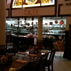 Photo taken at 1886 Café & Bakery by Steve D. on 9/27/2012